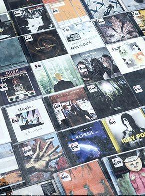 musik aus den 2000er jahren metal rock pop und mp3 39 s. Black Bedroom Furniture Sets. Home Design Ideas