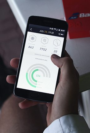Handy mit Fitness App